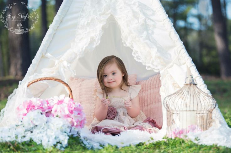 Bianca teepee by Sugar Shacks Teepees Photography by Lyn Taylor Photography