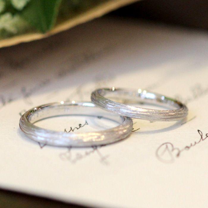 K18,WG / marriage ring 木の肌をイメージしたテクスチャ。つや消しの表面で自然な仕上がりのオーダーリング。 [結婚指輪,マリッジリング,ホワイトゴールド,gold,wedding,ウエディング]