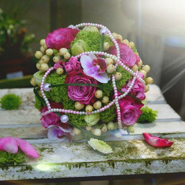 Die besten 25 Brautstrau perlen Ideen auf Pinterest  Perlenstrau