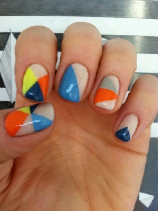 Driehoekige nagels
