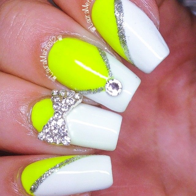 wild higlight yellow and gem nail design. by @Laura Jayson Jayson Jayson Jayson Merino  #nail #nails #nailart