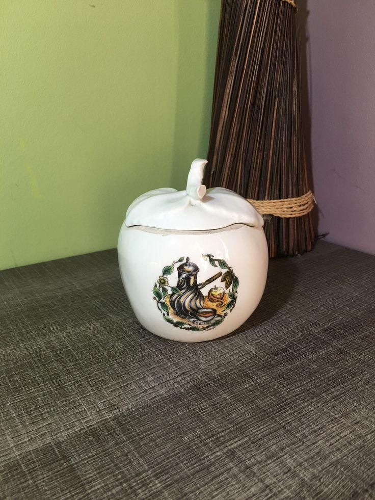Le chouchou de ma boutique https://www.etsy.com/fr/listing/494519064/pot-a-sucre-en-forme-de-sucre-decors-de
