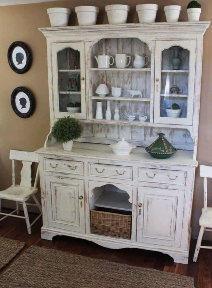 Instructions To Distressing Your White Furniture Sostarennaya