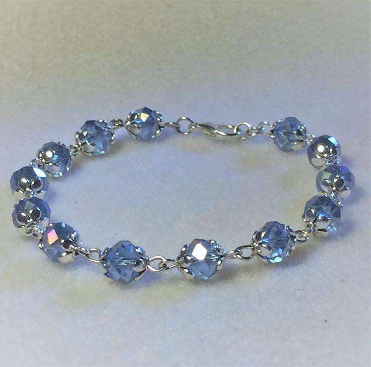 """Bracelet """"Les perles bleues ciel et argentées"""" : Bracelet par les-breloques-de-bel"""
