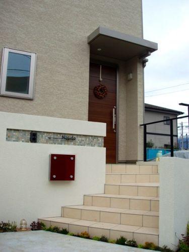 オープンエクステリア施工事例 / シンプル エクステリア、ナチュラル デザイン、塀 壁 おしゃれ、オープンエクステリア シーズン、ミサワホーム