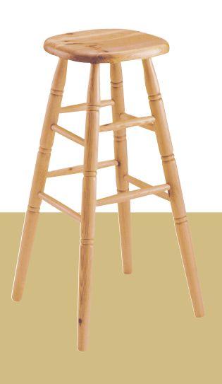 Sbabello bar in legno di pino alto cm. 79. Produzione e vendita mobili rustici Demar Mobili pino. #sgabelli #sedie #mobilipino #mobilirustici www.demarmobili.it