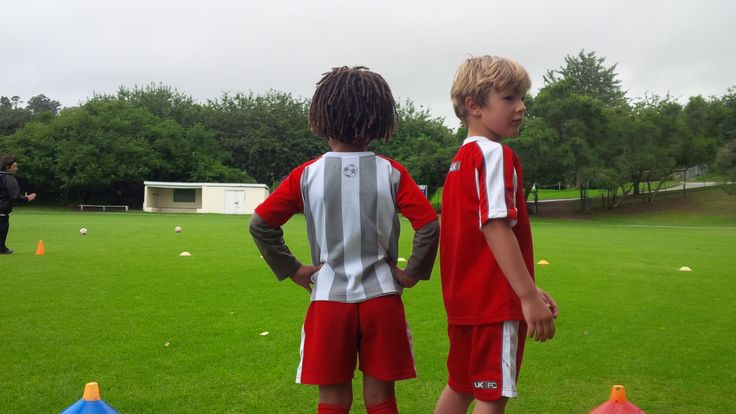 Oliver Bull and Noah Stowe …. before they undertake their task!