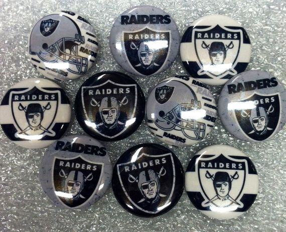 Oakland Raiders 1 inch round flat back buttons, cabachons, hair bows, scrapbooks, crafts, supplies