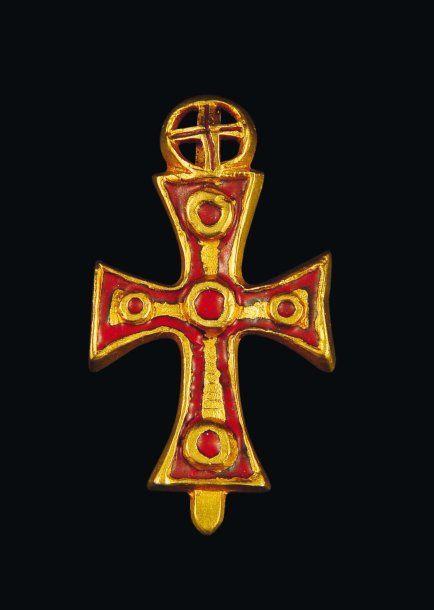 LINE VAUTRIN Pendentif croix orthodoxe Années 1940 Bronze doré et émail