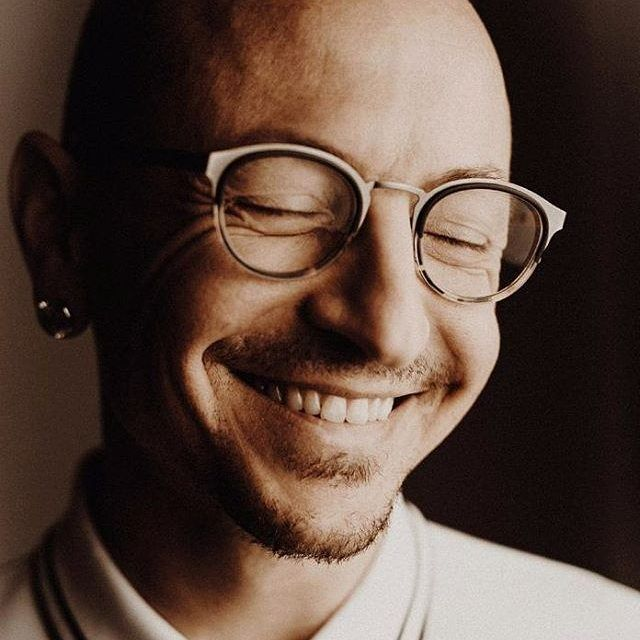 'BEAUTIFUL' close-up of that Laughing Smile! @linkinpark kslp