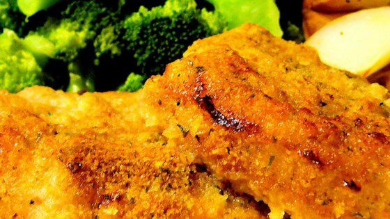 This is a quick, simple, and above all, a cheap way to make pork chops. I love i…
