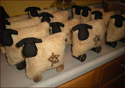 Primitive Spool Leg Sheep from Jillians Country Home