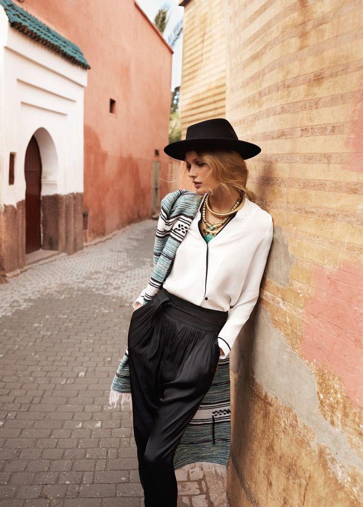 Edita Vilkeviciute Has a Stylish Summer for Mangos New Catalogue
