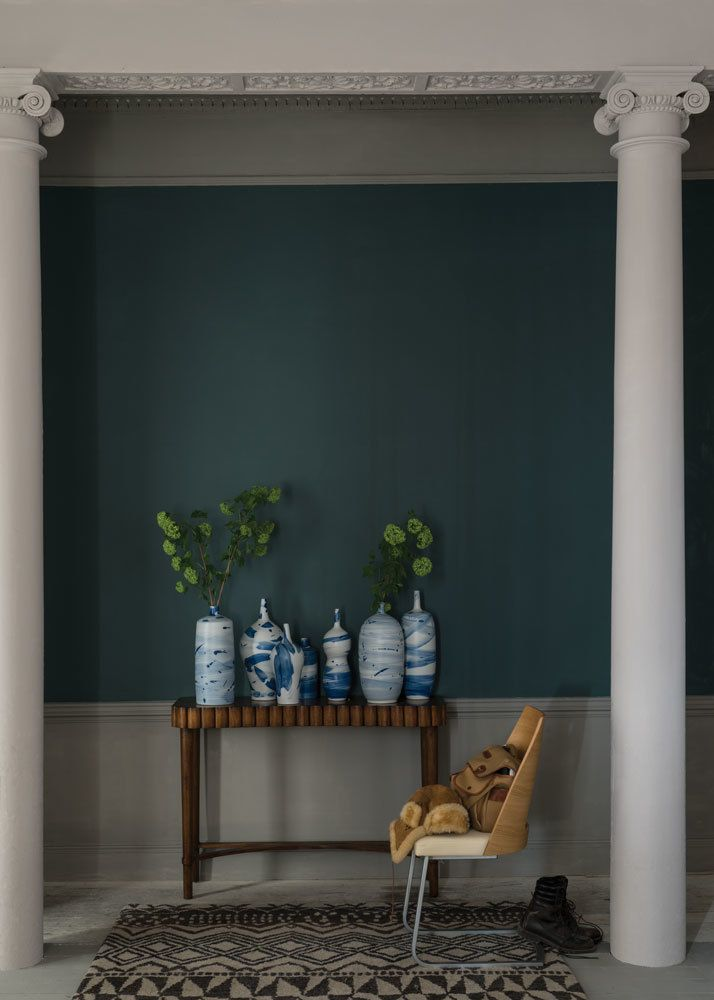 Farrow and Ball's Inchyra Blue paint is a beautiful colour to decorate a living room from www.redonline.co.uk