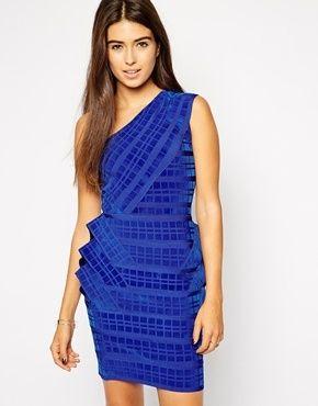 €415, Blaues horizontal gestreiftes Figurbetontes Kleid von Forever Unique. Online-Shop: Asos. Klicken Sie hier für mehr Informationen: https://lookastic.com/women/shop_items/102945/redirect