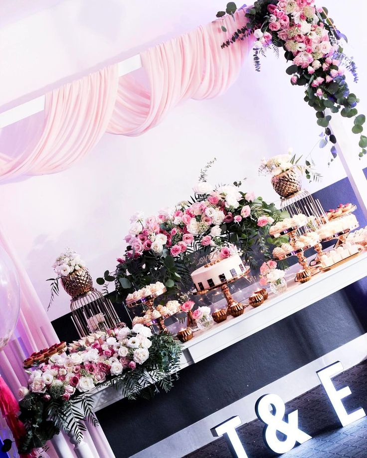 The almost full shot of Tonie & Eak's engagement where I had the pleasure of styling over the weekend.   Styling | Fresh Flowers | Props | Photography by @sweeteventstylingbythanhtran   Desserts by Tonie Lam  Cupcakes and Cake pops by @lovewithcake   #bridetobe #babyshower #eventstyling #bride #wedding #weddedwonderland #rustic #whimsical #chicstyling #engagement #weddinginspirations
