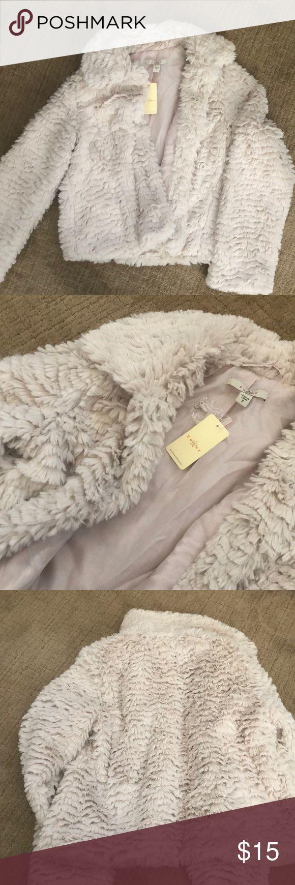 White/cream faux fur coat New white/cream faux fur coat Fever Jackets & Coats