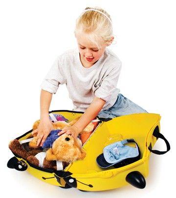 MALETA TRUNKI BERNARD ABEJA PARA NIÑOS. Ellos se organizan sus juguetes... Horas de diversión en los aeropuertos, estaciones, paradas... Correpasillos muy divertido... www.bebenomada.com