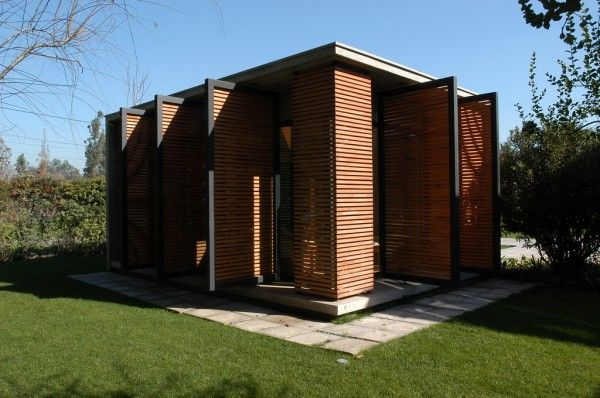 http://www.tinyhousedesign.com/wp-content/uploads/2009/08/Consulation-Cube-exterior_permeable06-600x398.jpg