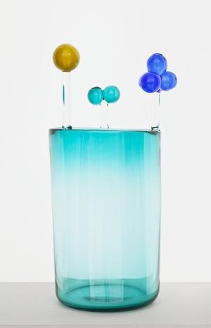 Huljake  Oiva Toikka  2012  79 x 39 cm  Hand blown glass
