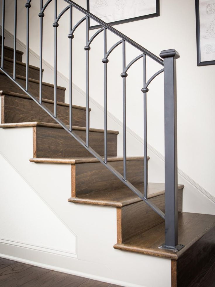Best 25+ Metal stair railing ideas on Pinterest | Stair ...