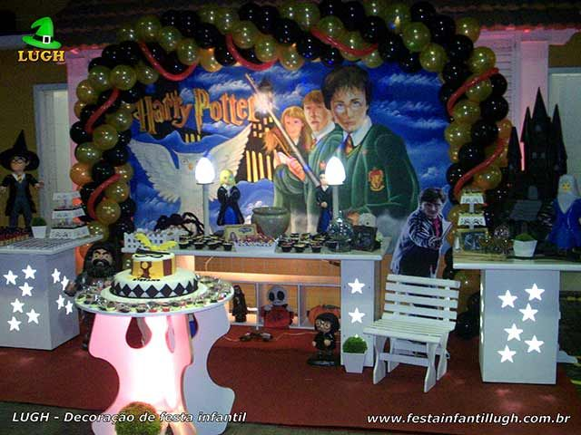 Decoração de aniversário tema Harry Potter provençal luxo para festa infantil