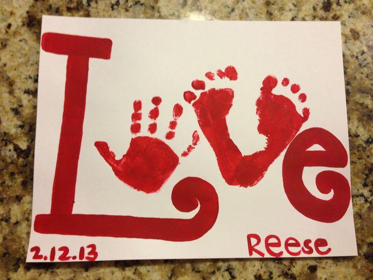 Valentine's Day Handprint Art. Los hijos y nietos constituyen un componente importante en las fuentes de la felicicad
