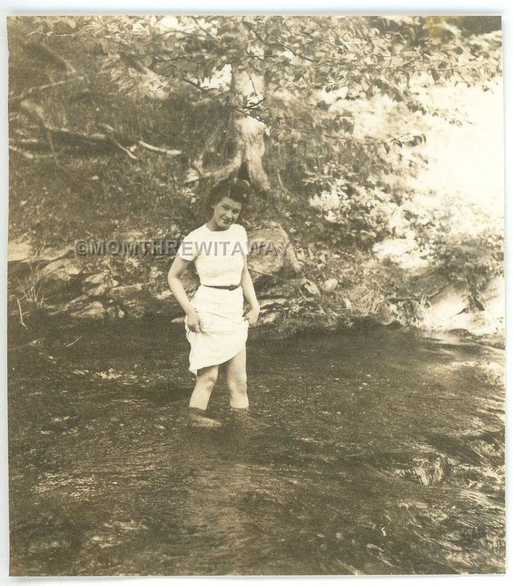 1939 PHOTO ME Maine Auburn Pretty Young Girl Leona Casey Lifting Skirt in River