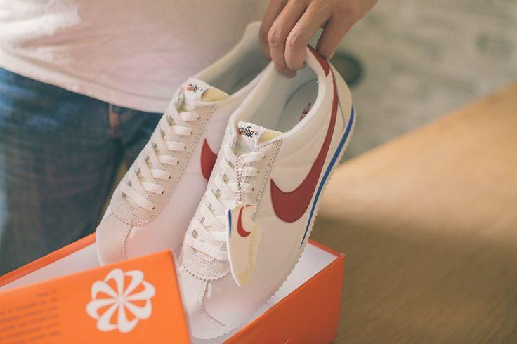 Poor Nike Cortez Sales adidas Retro Comparison Old School Cool Superstar Stan Smith Cortez Market Research Shopping Sales