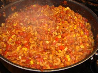 A Bear in the Kitchen: Skillet Chili Mac