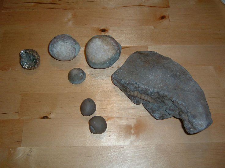 Kristalläpplen o fossil funnet söder om Vadstena