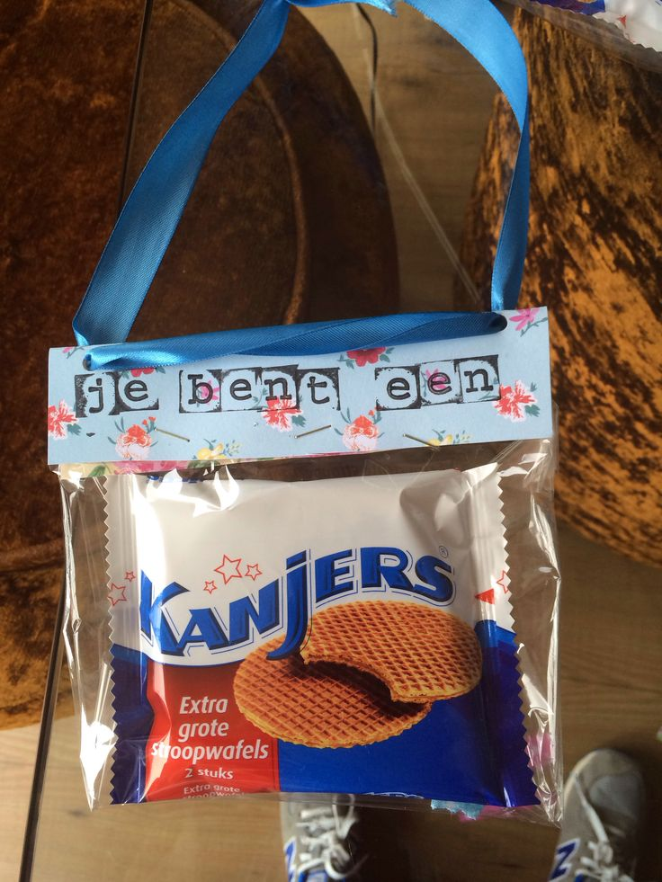 Leuk idee om letters te stempelen. Voor elk kind een persoonlijk cadeautje.