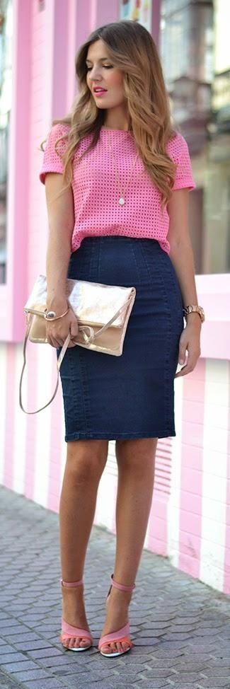 Pink broderie anglaise top crop, denim pencil skirt, golden clutch, pink sandals.