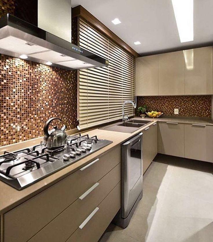 Amor à primeira vista com essa cozinha  Autoria: Ana Mahler Arquitetura   @decoreinteriores.