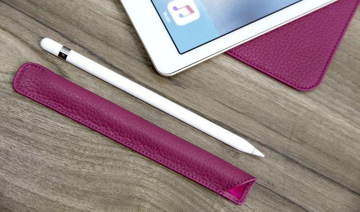 Lucrin a pensé à tout, encore une fois. Vous cherchez un étui pour Apple Pencil ? Une fois de plus, nous vous proposons une palette de couleurs et de matières impressionnante pour cette housse de luxe qui accueillera parfaitement votre stylet Apple pour iPad Pro.