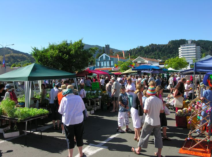 Street fair in Nelson, New Zealand #travel #photography #newzealand #beautiful #nelson #festive #event #market