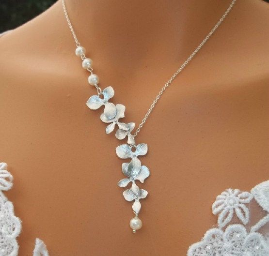 White Gold Orchids Cascade w/ Pearls