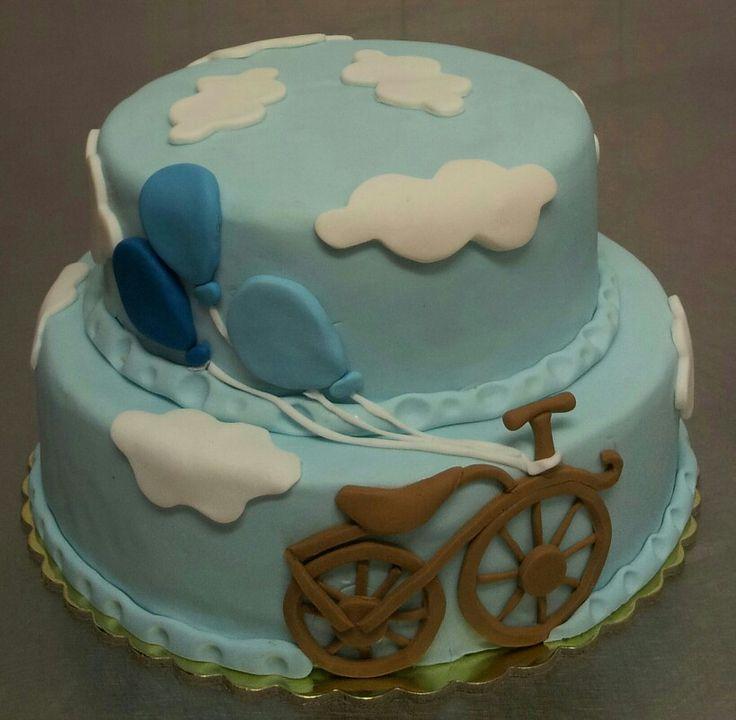 Vintage bicycle cake