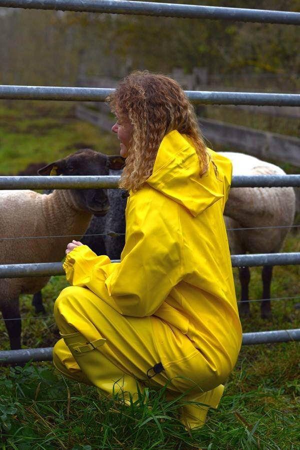 Farmgirl   Flickr - Photo Sharing!