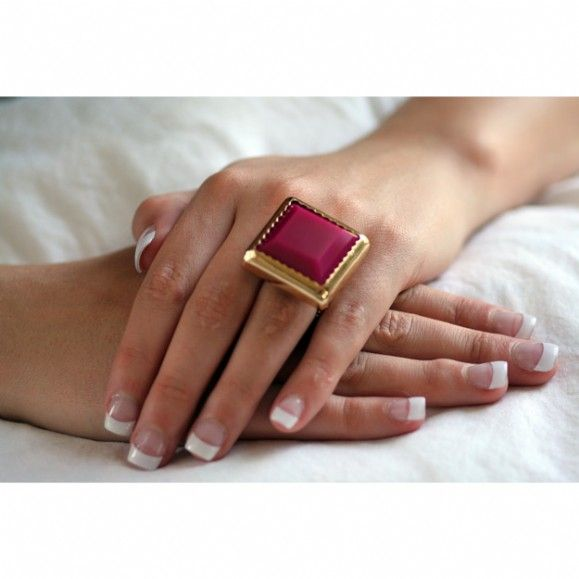 14 best Lady in Red images on Pinterest Jewel box Jewelry box and