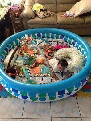 Kiddie Poole as play pen for crawling babies