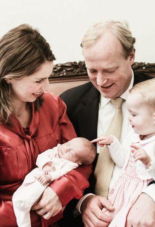Cecilia Maria Johanna Beatrix heet de tweede dochter van prins Carlos en prinses Anne-Marie. Ze werd geboren op 17 oktober 2013. Ze woog bij de geboorte slechts 1500 gram en moest dus wel een poosje in het ziekenhuis blijven.