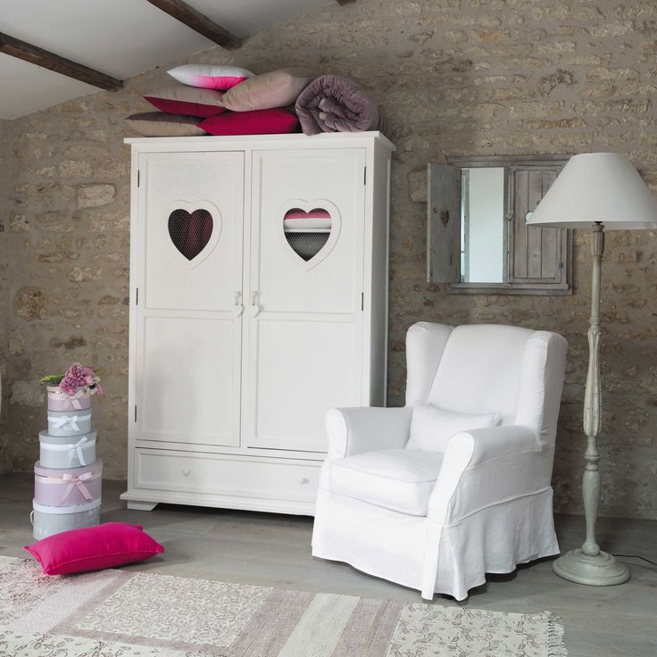 armoire enfant en bois blanche l 130 cm valentine maisons du monde id es pour la maison. Black Bedroom Furniture Sets. Home Design Ideas