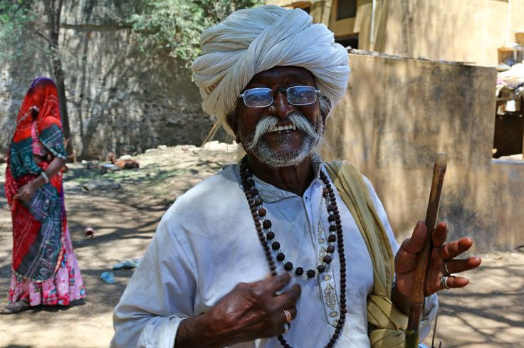 Love the friendly faces of rural #Rajasthan #India #incredibleindia www.finisterra.ca