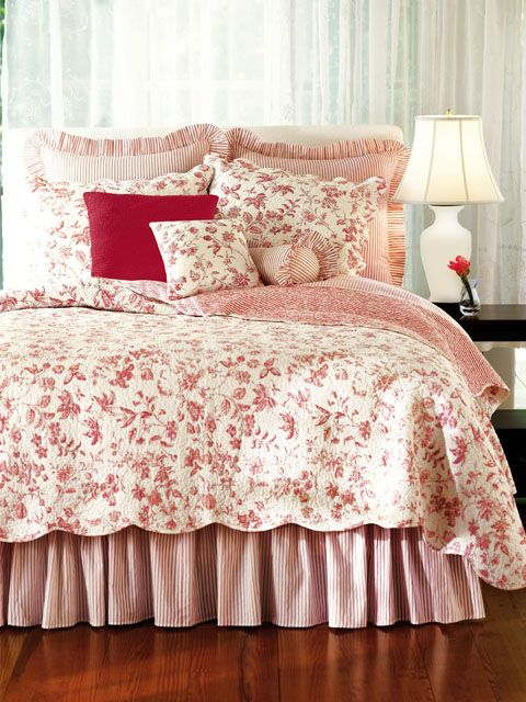Red Toile Quilt
