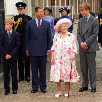 clarence house queen mother | The Queen Mother celebrates 97th birthday at Clarence House with ...