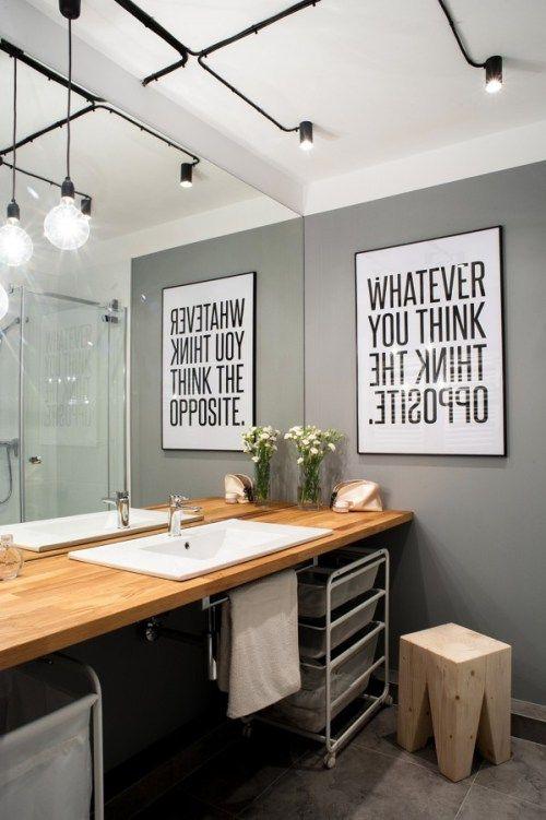 15 Inspirações para Decoração do Banheiro - Banheiro Industrial - Estilo Industrial - Banheiro Cinza - Banheiro sem Azulejos - Bancada De Madeira - Cuba de Encaixe - Madeira no Banheiro - Iluminação - Spots em Trilho - Blog Decostore