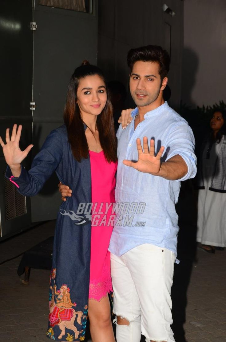 Alia Bhatt and Varun Dhawan wave for the shutterbugs at Mehboob Studios