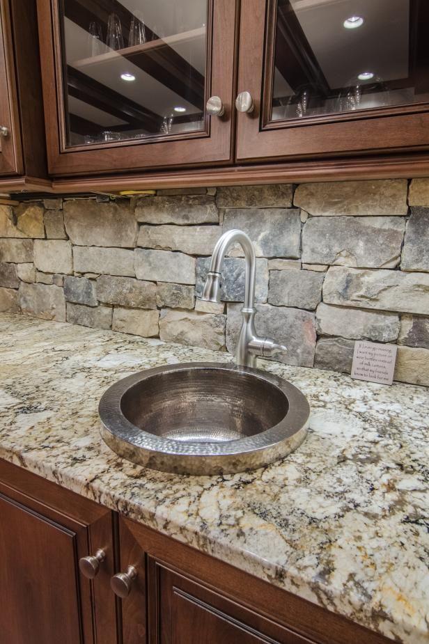 Kitchen Sink With Stone Backsplash
