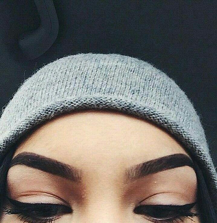 Eyebrowns